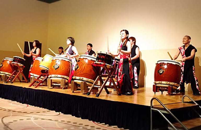 小学校の新校舎落成記念式典・祝賀会 お祝いの演奏